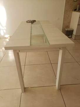 Mesa mdf con vidrio