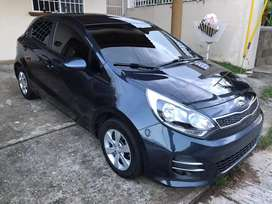 Vendo Kia Rio Hatchback AT