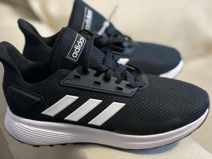 Zapatos adidas para damas 0