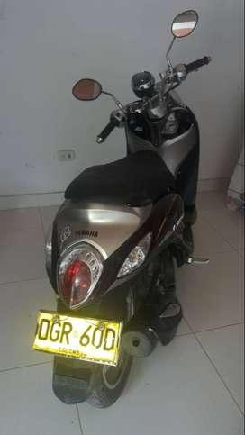 motocicleta yamaha fino