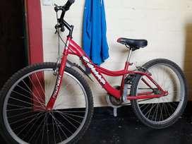 Bicicleta goliat en buen estado acero hit tec