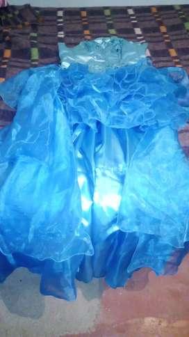 Vestido de 15 y 1 vestido de recepcion segunda mano  Fontana, Chaco