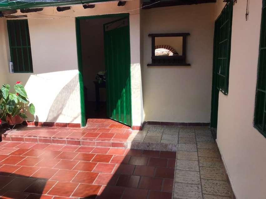 Arriendo habitacion por noches en barichara cuenta con baño privado para 2 personas 0
