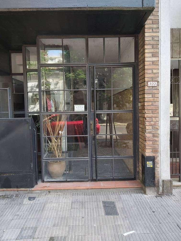 Cochabamba 1200 Abasto 4 Dormitorios. Amplio. Construido en Dos Plantas independientes. 0