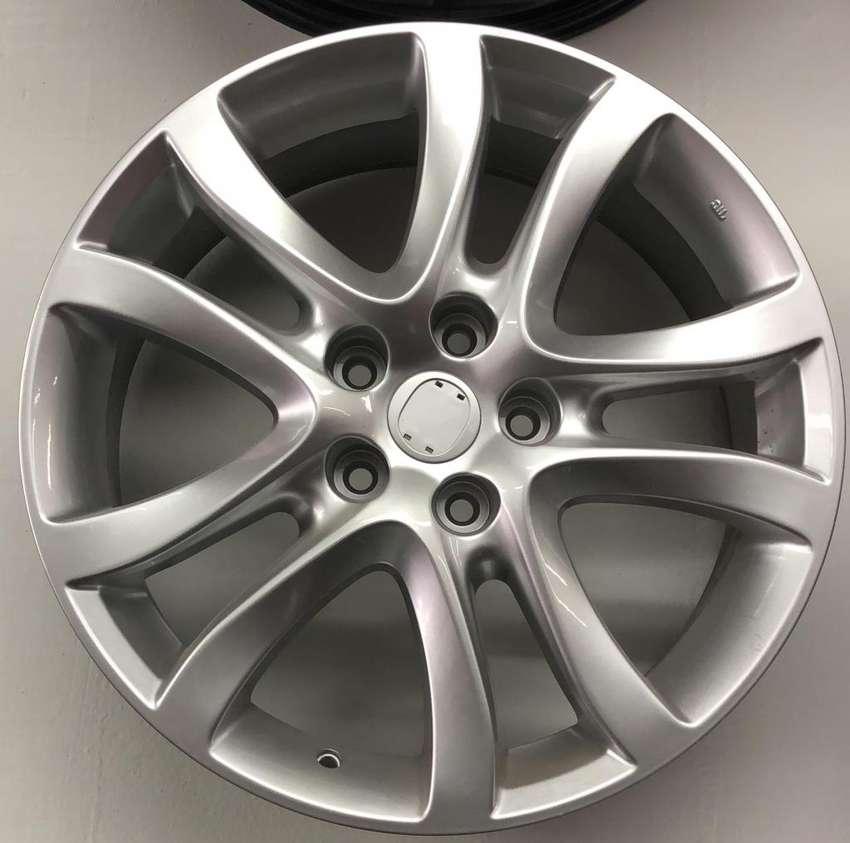 Rines de Lujo 18 Mazda 5X114 Nuevos 0