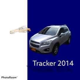Vendo o permuto hermosa camioneta Chevrolet tracker modelo 2014