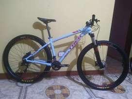"Bicicleta TREK X-CALIBER 8 Aro 29"" MTB XC Trail FOX TLD Enduro DH Cannondale Giant Exustar Bontrager Shimano Sram"