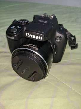 Cámara Semiprofesional Canon Powershot Sx50hs