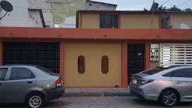 Se alquila espaciosa y confortable casa en Alborada 14ta etapa
