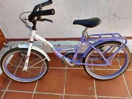 Vendo bicicleta rodadi 14 semi nuevo