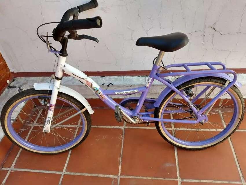 Vendo bicicleta rodadi 14 semi nuevo 0