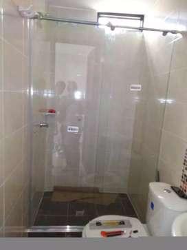 Puerta para baño en vidrio templado