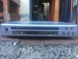 DVD PREMIER EN EXCELENTE ESTADO SIN CONTROL