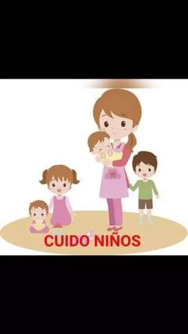 Niñera o cuidadora de niños