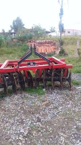 Venta de maquina agrícola como nueva.