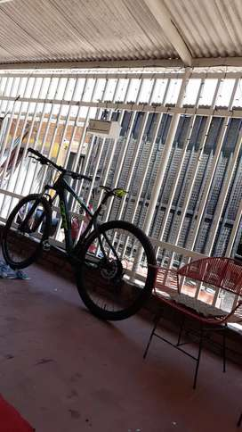 Bicicleta Gw menos de un mes de uso, en perfecto estado. Marco talla M