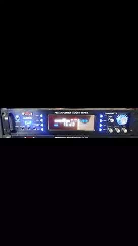 Vendo amplificador usb 1000watts con 2 micrófonos inalámbricos