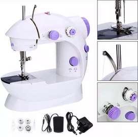 Mini Maquina de coser práctica