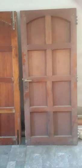 Portón plegable y ventanal