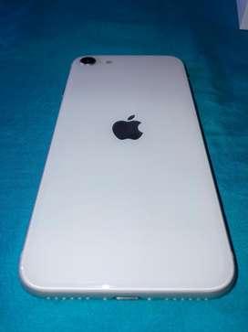 iPhone SE Segunda Generación disponible en color blanco y en color negro