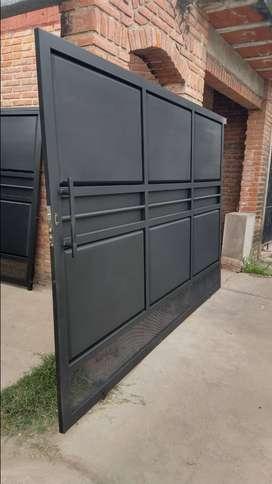 Portón de hierro y chapa corredizo o de abrir