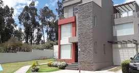 Vendo Casa en Cumbaya
