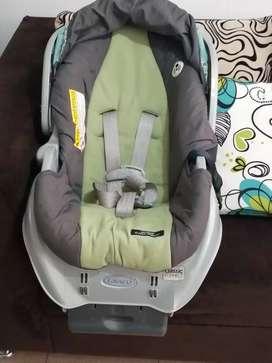Vendo silla para bebe en exelente estado