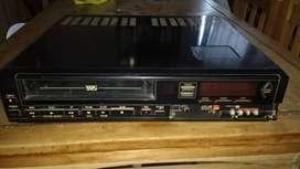 Vendo reproductor de VHS en buenas condiciones
