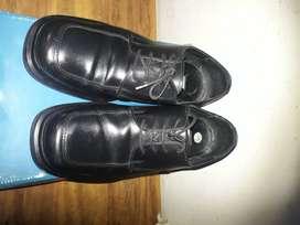 vendo zapato de vestir cuero de hombre