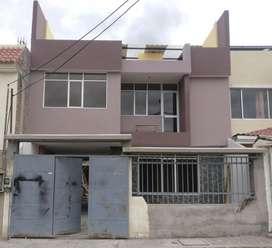 Casa nueva a estrenar 3 pisos, 200 m2 aprox. Barrio el Bosque - Alausi