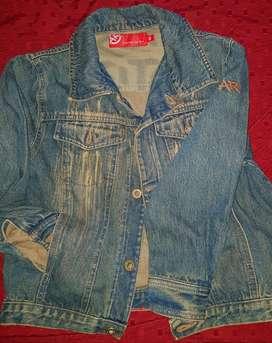 Vendo Camperita Unisex Impecable Jeans