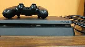 Play station 4 de 500gb, nunca destapado, 3 juegos dijitales y ps plus hasta diciembre.