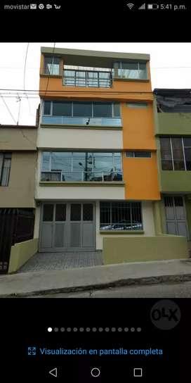 Vendo casa de cuatro pisos