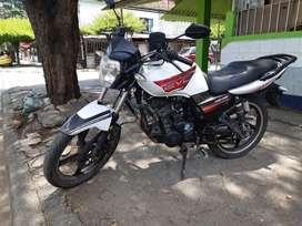 MOTO AKT NE 125 - PAPELES HASTA SEPTIEMBRE 2022, SOAT Y TECNO - CON TRASPASO