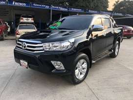 TOYOTA HILUX 2017 3.0TD AUTOMATICO 4X4 FULL EQUIPO