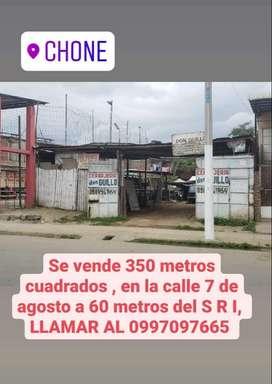 Terreno central en venta en la ciudad de Chone - oferta