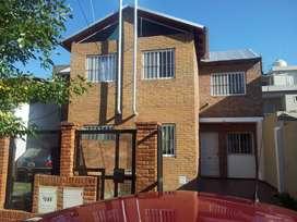 13500Alquilo excelente Duplex ubicado en zona Norte de Rosario