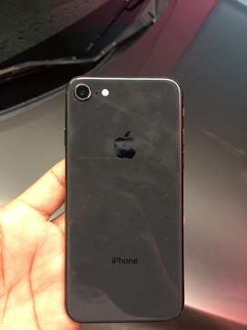 Iphone 8 conservado