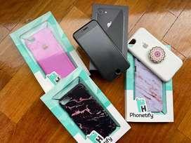 Celular iPhone 8 - 64 GB Perfecto Estado + Accesorios