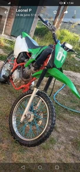Venta de moto kayo 250