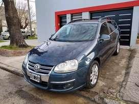 Vendo o permuto VW Vento Variant 2.5 automático 2008