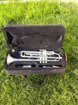 Vendo Trompeta Bach Prelude TR710