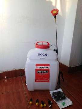 Venta de fumigadoras eléctricas y a combustible.