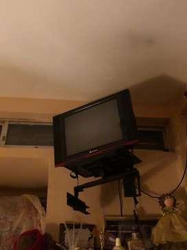 Tv Riviera antigua + Soporte
