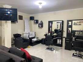 Salon de belleza unisex