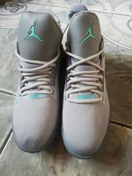 Zapatos  Jordan de hombre importados