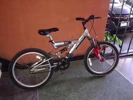 Bicicleta scout 20