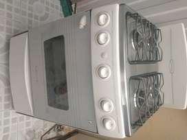 Se vende estufa y lavadora wilpord