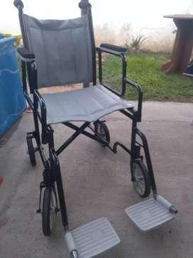 Silla de ruedas para traslado