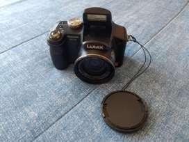 Vendo Cámara Panasonic Lumix Dmz-fz8
